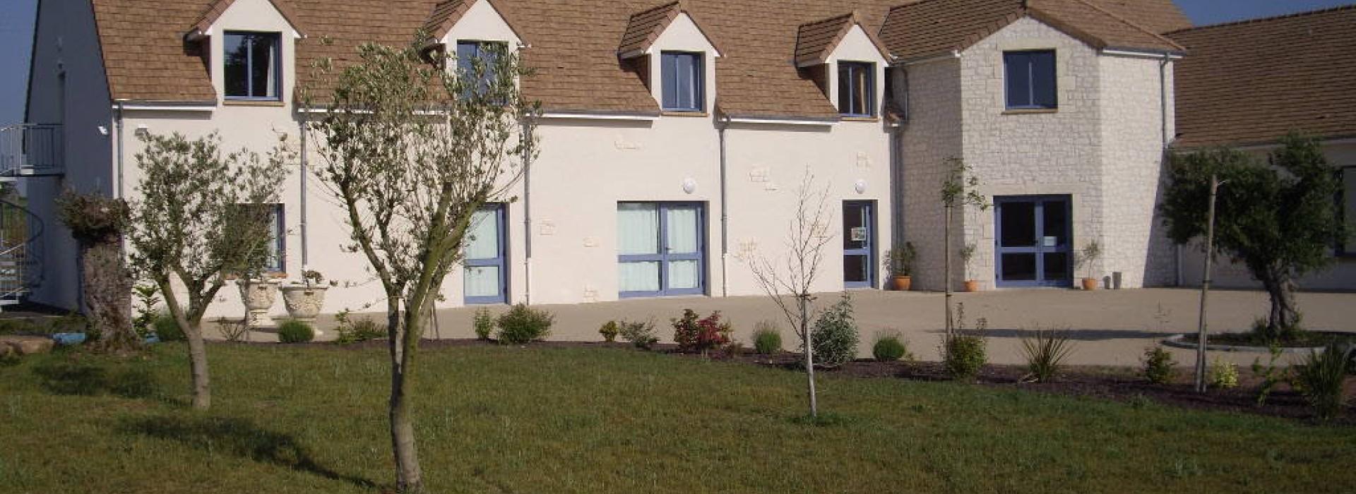 la terrasse des oliviers groepsaccommodatie frankrijk pays de la loire. Black Bedroom Furniture Sets. Home Design Ideas