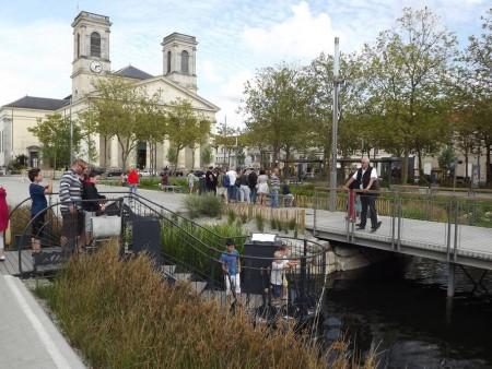 La place napoleon une place a vivre tuinen frankrijk - Office du tourisme de la roche sur yon ...